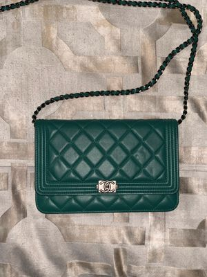 Authentic Chanel wallet on a chain for Sale in Ruskin, FL