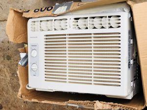 Window AC unit for Sale in Temple Hills, MD