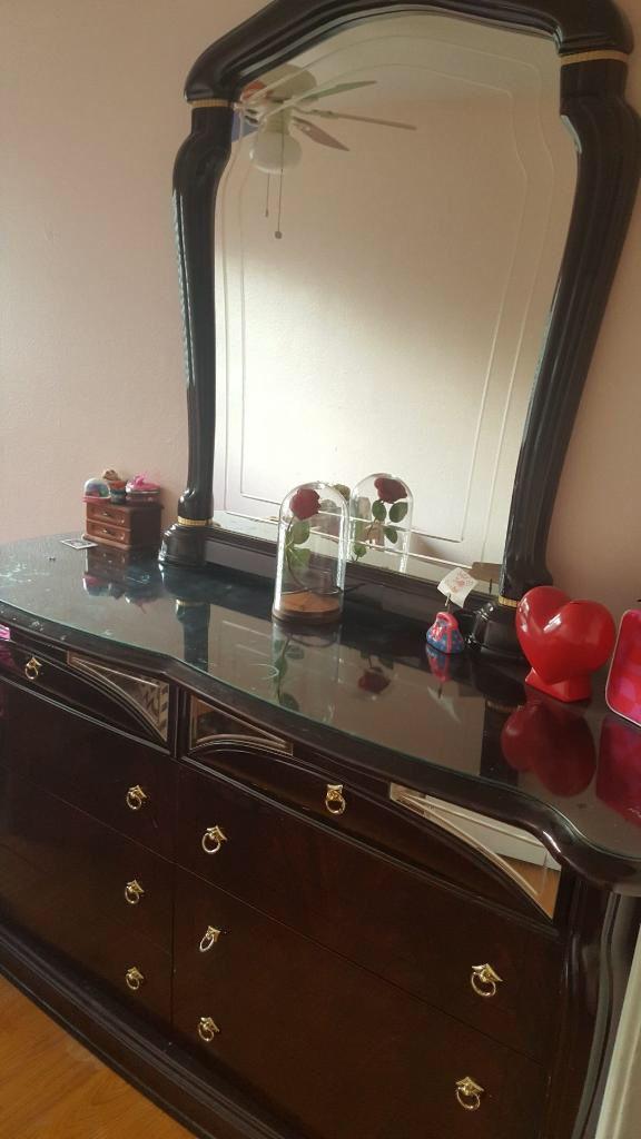 Beautiful 8 drawer dresser with huge mirror!