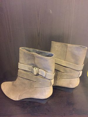 Circa light grey boots BRAND NEW for Sale in Pittsburgh, PA