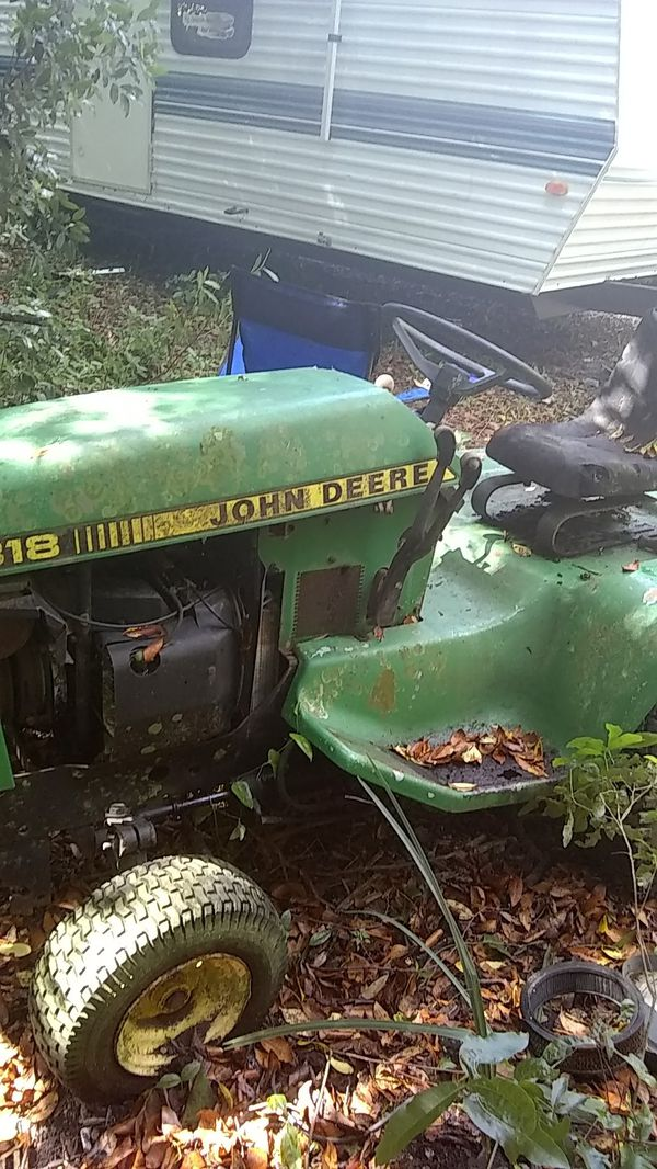 Old John deer tractor hydraulic every thing ppl t