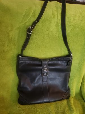 COACH leather messenger bag for Sale in Charlotte, NC