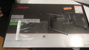 Rocketfish full-motion TV wall mount 40 to 75 inch TV for Sale in Rialto, CA