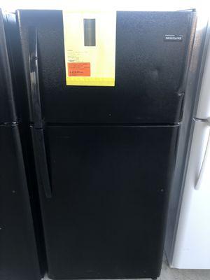 12/12/19 NEW FRIGIDAIRE TOP FREEZER 18 cu ft REFRIGERATOR IN BLACK 90 days warranty garantia for Sale in Dallas, TX