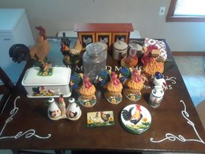 Kitchen Rooster Collection Deal for Sale in Orange, TX