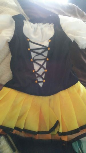 Halloween Little girls candy corn costume size 3/4 for Sale in Palmdale, CA