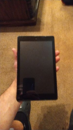 Amazon kindle fire newest ios 7inch lightly used. for Sale in Saint Charles, MO