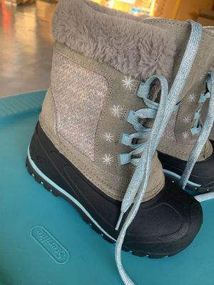 Kids Snow boots sz1 for Sale in Chula Vista, CA