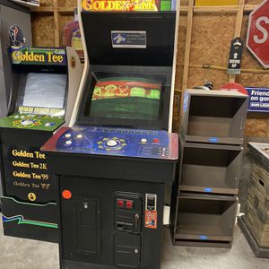 2003 Golden Tee Full Size Arcade Game for Sale in Dickinson, TX