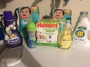 Huggies and pampers bundle for Sale in Baldwin Park, CA