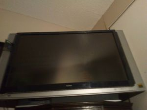 60 inch TV w/ surround sound speakers for Sale in Mesa, AZ