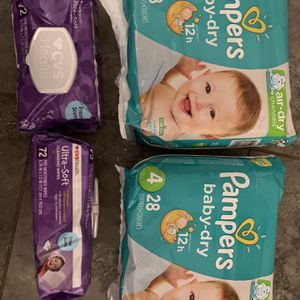 Pampers Size 4 for Sale in Huntington Park, CA