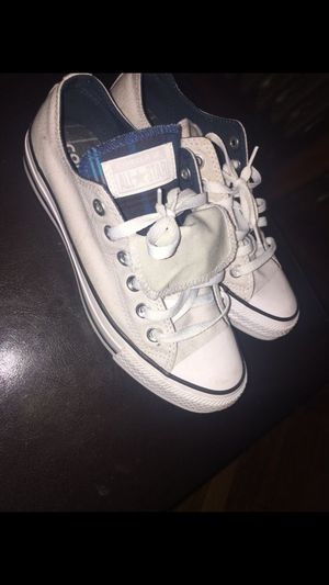 Converse size 7 worn only two times for Sale in Chelsea, MA