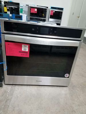 New Discounted Whirlpool Wall Oven 1yr Manufacturers Warranty for Sale in Gilbert, AZ