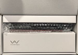 Hair straightener NEW for Sale in Land O' Lakes, FL