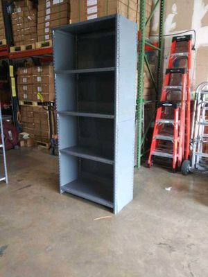 Industrial Metal Shelving Unit with 5 shelves in Excellent Conditions. $64 for Sale in Orlando, FL