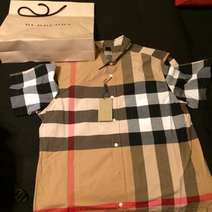 Burberry Shirt XL Fitted for Sale in Atlanta, GA