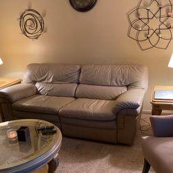 Recliner Couch for Sale in Warren,  MI