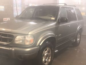 1999 ford explore LIMITED EDITION for Sale in Waterloo, IA