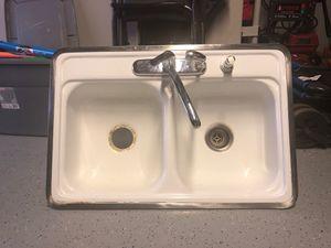 White kitchen sink for Sale in Riverside, CA