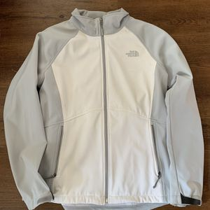 The North Face APEX jacket for Sale in San Diego, CA