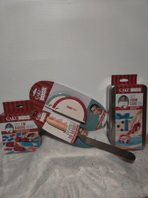 Cake boss baking items bundle for Sale in Streamwood, IL