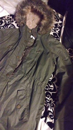 """L.O.G.G Women's Fur Lined Hood Green Parka """"Perfect Time"""" for Sale in Santa Ana, CA"""