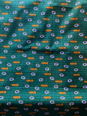Packers cotton fabric100% NOTPOLYCOTTON COTTON 100% for Sale in Compton, CA