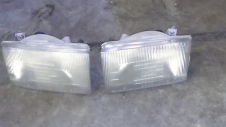 Ford Truck Headlights for Sale in Tacoma,  WA