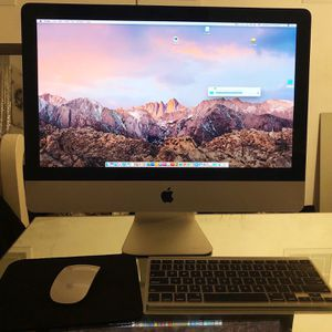 (iMac 21 Inch 2010) for Sale in Palmdale, CA