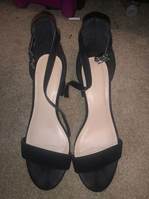 short casual heels , 2 pairs ! for Sale in Fontana, CA