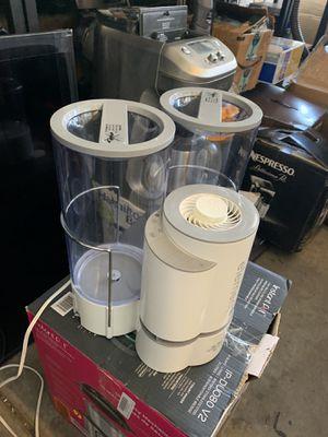 Vorando Element steam humidifier 2 gallon capacity for Sale in Las Vegas, NV