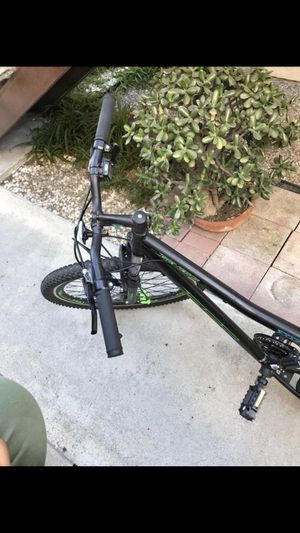 Bike mountain for Sale in San Diego, CA