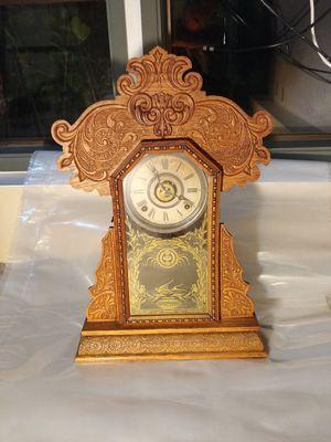 Antique E. Ingraham Oak Gingerbread / Kitchen / Parlor Mantle Clock for Sale in Mercer Island, WA