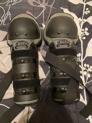 BILT Charger knee guards for Sale in Los Angeles, CA