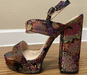 Brand-New Qupid Embroidered Platform Heels for Sale in Richardson, TX