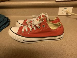 PreOwned Converse Womens 8 Mens 6 Chuck Taylor Red for Sale in Waipahu, HI