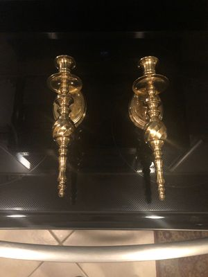 SOLID BRASS WALL CANDLE SCONCES/ DOS CANDELABROS DE PARED EN BRASS for Sale in Boca Raton, FL