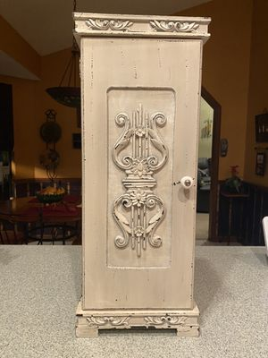Shabby Chic Stand for Sale in Longwood, FL