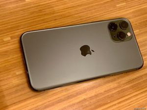 iPhone 11 Pro 256GB ATT CRICKET STRAIGHTTALK ONLY for Sale in Citrus Heights, CA