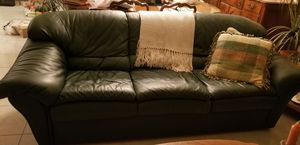 Leather couch and loveseat for Sale in Coral Springs, FL
