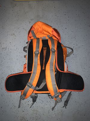 Hiking backpack with sections for camera for Sale in La Verne, CA