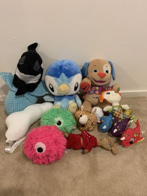 Animals toys kids boy or girl bundle of stuffed toys. for Sale in Torrance, CA