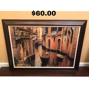 Wall arts and wall mirror for Sale in Fresno, CA