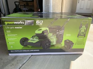 NEW Greenworks 60v self-propelled brushless electric lawn mower in unopened box for Sale in Pico Rivera, CA