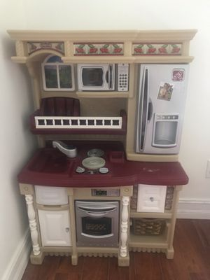 Play kitchen for Sale in Pembroke Pines, FL
