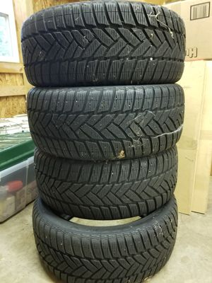 Dunlop winter sport tires for Sale in Marengo, OH