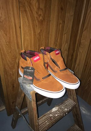 Vans Sk8 High Weather Resistant for Sale in Pawtucket, RI