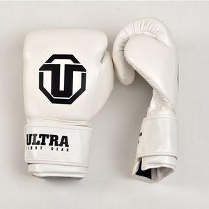 Boxing gloves 18 oz $75 16oz $60 12oz $40 for Sale in Miami, FL