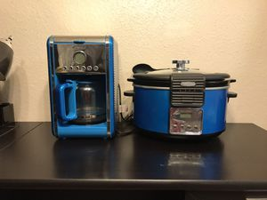 Crock pot and coffee pot for Sale in San Antonio, TX